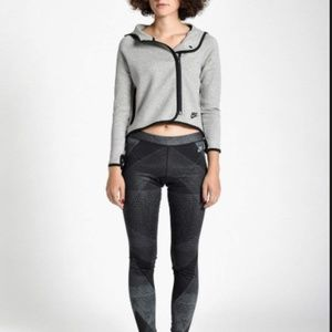 Nike Women's M Tech Fleece Cape Hoodie Gray